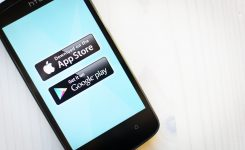 4 WAYS YOU CAN USE YOUR OWNED MEDIA CHANNELS TO DRIVE APP DOWNLOADS